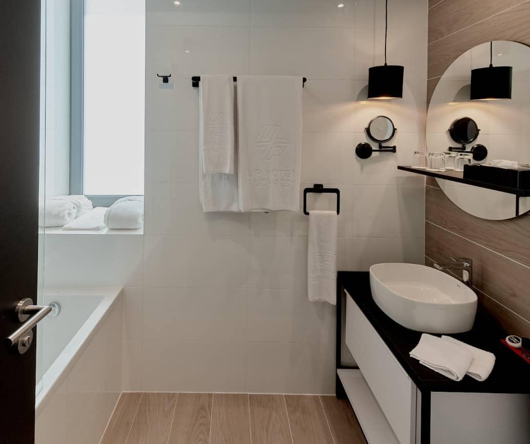 Smart double bathroom - Up Hotel Budapest